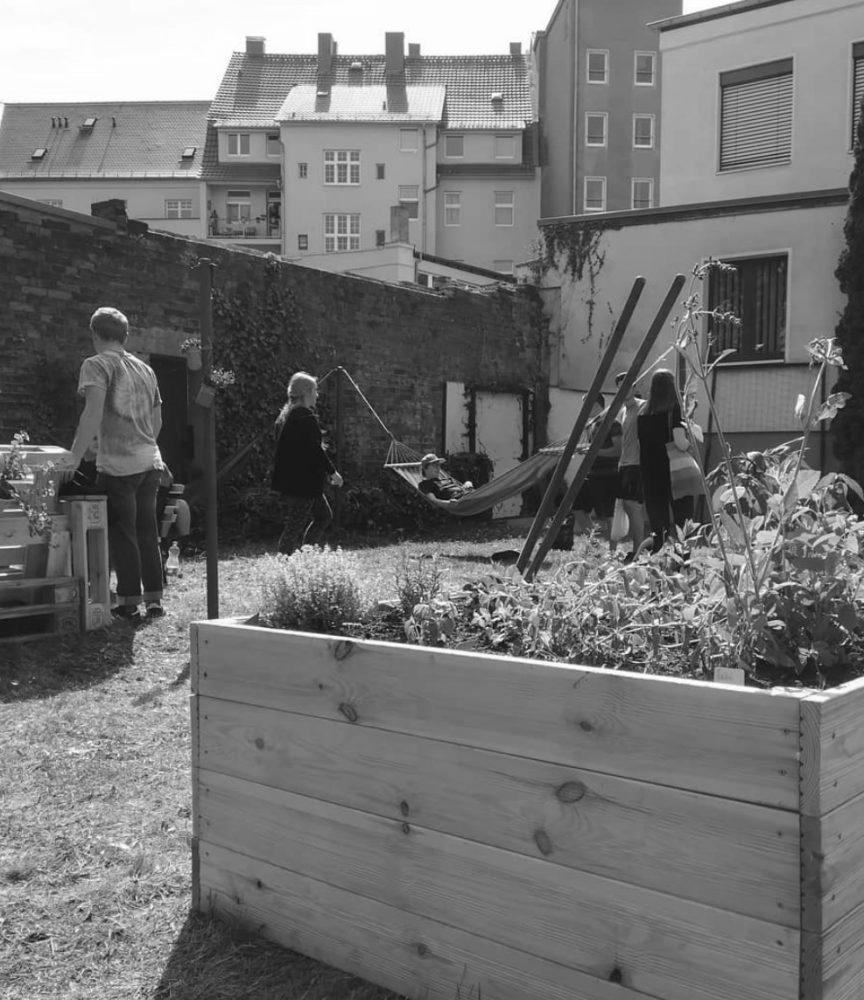 KURTI . bautzen Garten
